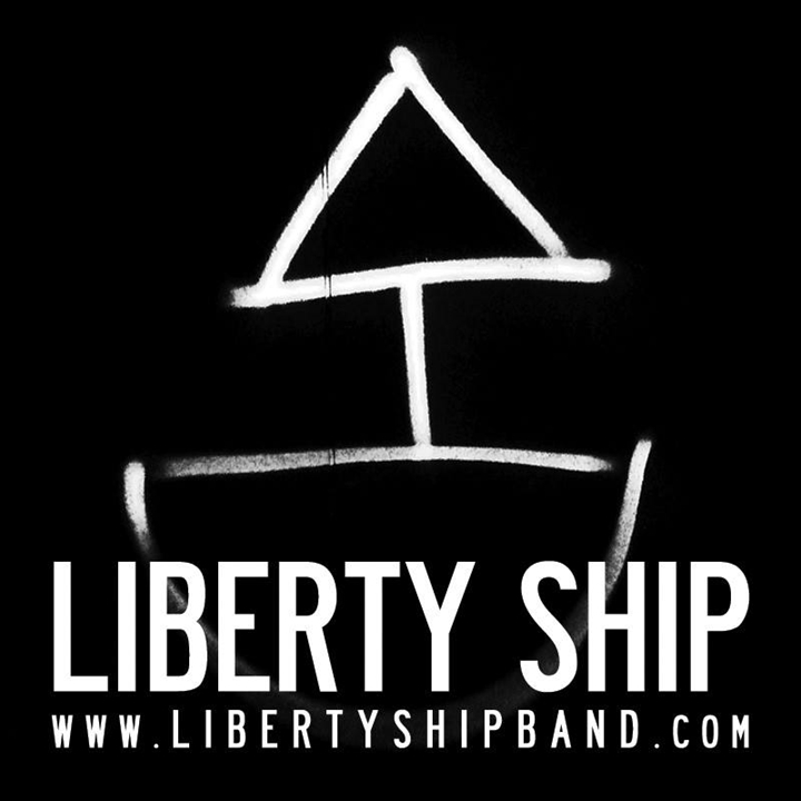 Liberty Ship  + Supports
